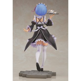 rezero-starting-life-in-another-world-17-scale-prepainted-figure-510365-4